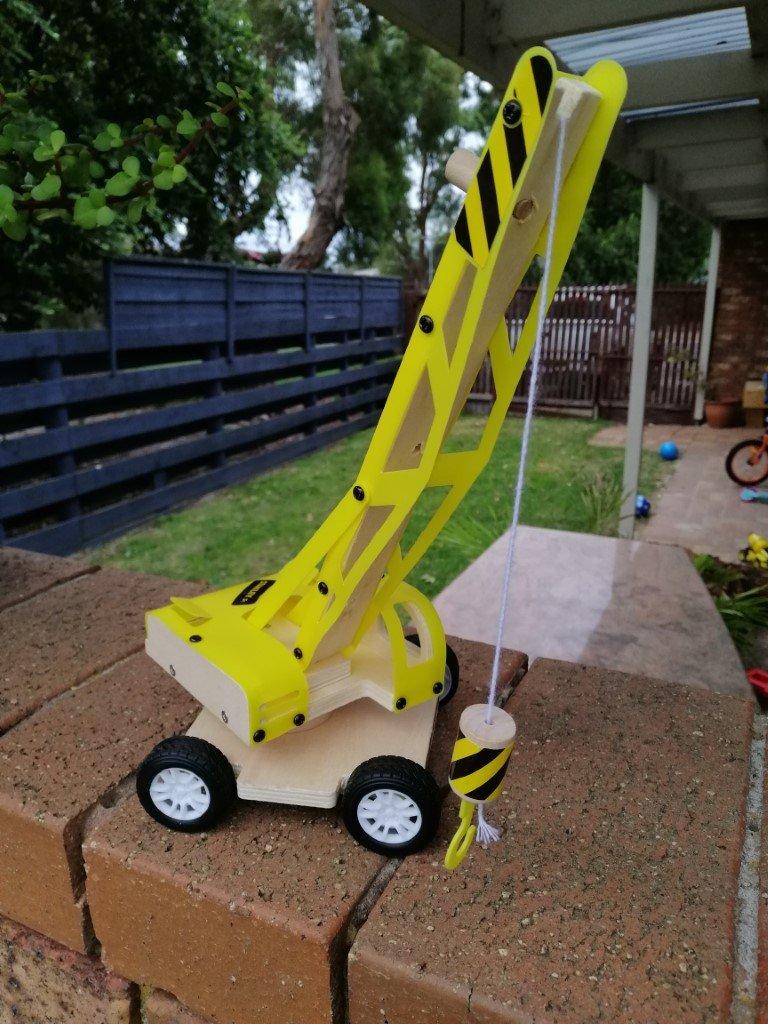 Finished lifting crane