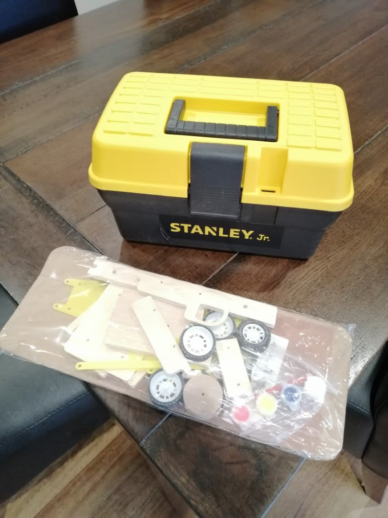 Stanley Jr Wood kit and toolbox